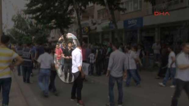 Amed Bombacısı Miting Alanına Girişi [VIDEO]