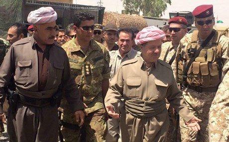 Başkan Barzani bayramı yine cephede Peşmergeleriyle geçirdi