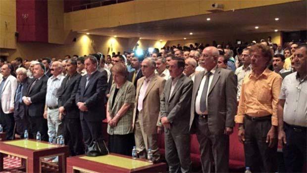 Kürd aydınları Barzani'nin görevde kalmasından yana