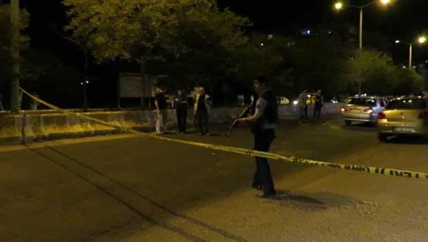 Midyat'ta polis aracına ateş açıldı: 1 polis yaşamını yitirdi