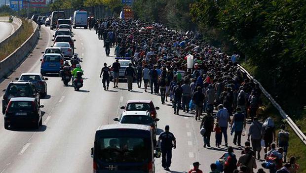 Almanya ve Avusturya sığınmacılara kapıyı açtı