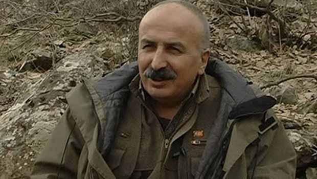 Mustafa Karasu: Anadiline sahip çıkmayan onuruna da, geleceğine de sahip çıkamaz