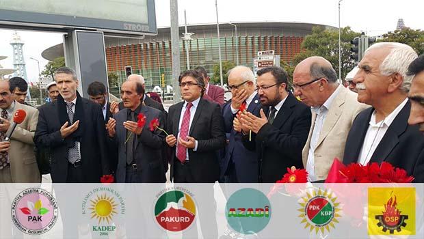 Kürdistani Partiler Ankara'da Katliamının Yapıldığı Yere Karanfil Bıraktılar