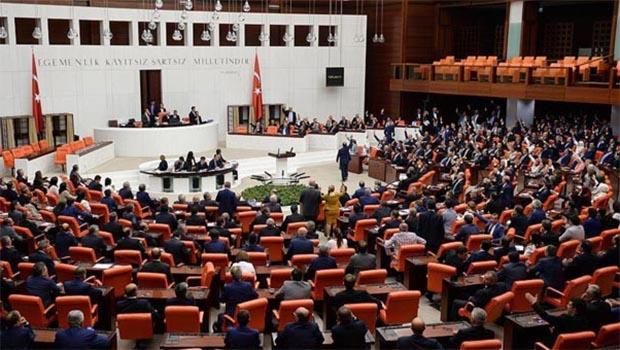 AKP bir milletvekili daha kazandı
