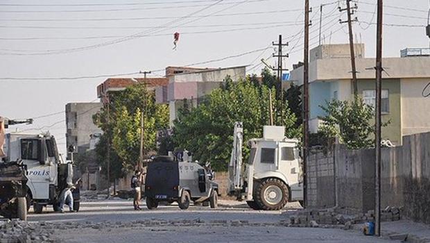 Derik'te sokağa çıkma yasağı 2'nci kez uzatıldı
