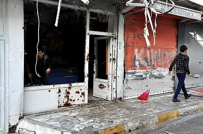 Yasak sonrası Silopi'den yıkım görüntüleri