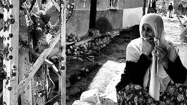 Kürd'ler Zalimlerin Yanlışlarının Hem Mağduru Hem de Mecburu Edildiler…