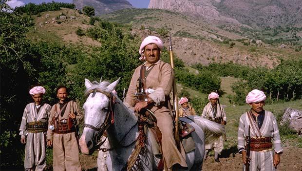Faslı Ünlü Şair: Mele Mistefa Barzani, bir mücadele ve direniş kütüphanesidir
