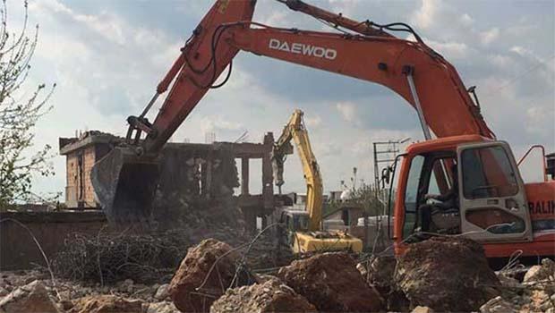 'Acele kamulaştırma' kararı sonrası Silopi'de evler yıkılıyor