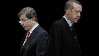 AKP'de ki çatlaklar Kürdleri sevindirmesin