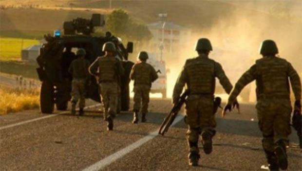 Midyat'ta askeri araca bombalı saldırı