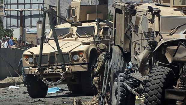 ABD Konvoyuna intihar saldırısı