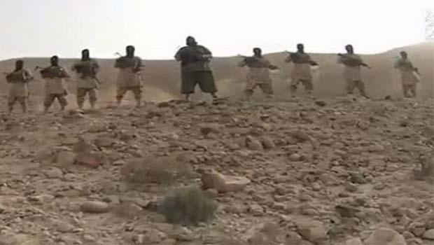IŞİD'ten Yemenli askerlere recm