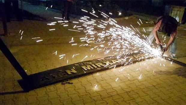 Polis, Arin Mirxan Parkının tabelasını kaldırdı