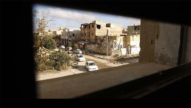 Libya'da Hastaneye bombalı araçla saldırı!