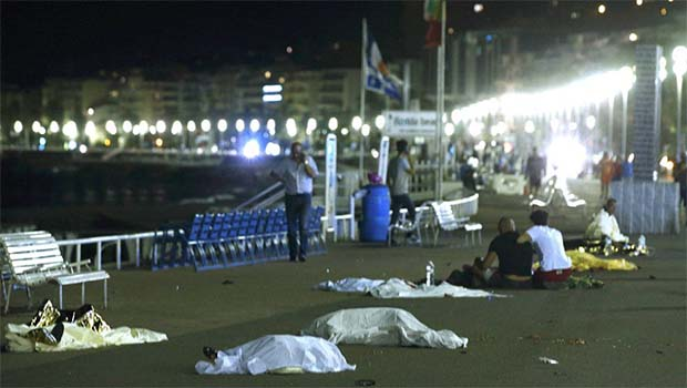 Fotoğraflarla Fransa'daki terör saldırısı