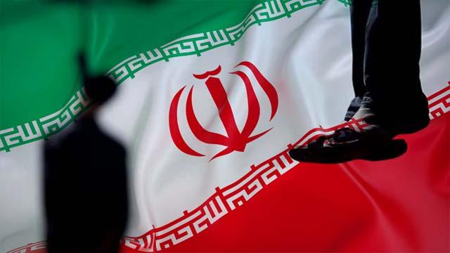 İran biri kadın 8 Kürd'ü idam etti