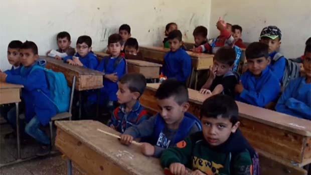 Haseke'de eğitim:  6'ncı sınıfa kadar Kürtçe, 7'nci sınıfta Arapça