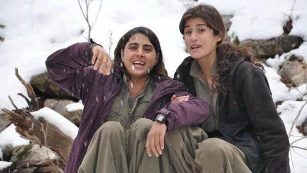 Bu kaçıncı: Türk Askerleri Tarafından infaz edilen İki Kadın Gerilla