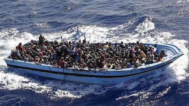 Libya açıklarında facia: Yüzlerce ölü var!