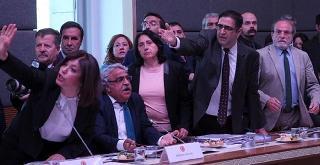 Türk Parlamentosu'ndan Ayrılma Zamanı Gelmedi mi?