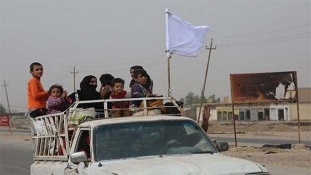 Musul'dan kaçan 36 bin 609 kişi Peşmerge'ye sığındı