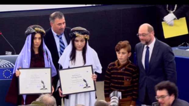AP'dan Ezidi Kürt aktivistlere ödül