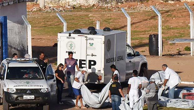 Brezilya'da isyan, 26 mahkumun başı kesilerek öldürüldü