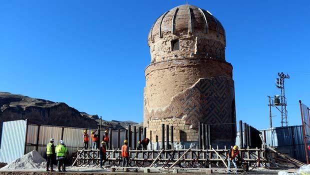 Hasankeyf'teki tarihi türbe taşınıyor