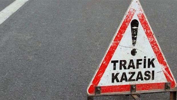 Dersim-Elazığ yolunda minibüs devrildi: 10 yaralı