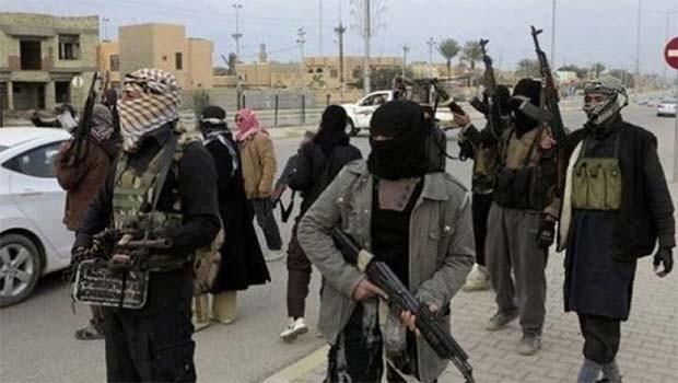IŞİD, idaresiz 'Kürt Bölgeleri'nde sivilleri hedef alıyor
