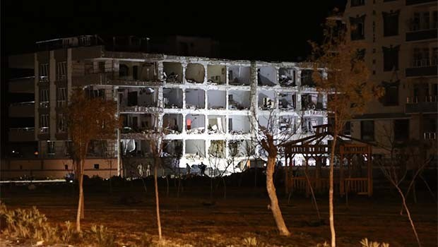 Urfa'daki patlamanın şiddeti gün ağarınca ortaya çıktı