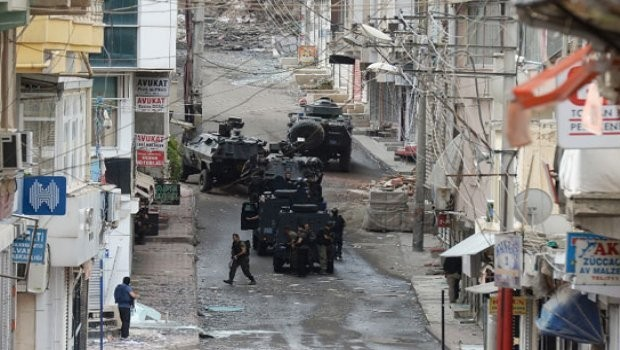 Nusaybin'de çatışma: Yaralılar var!