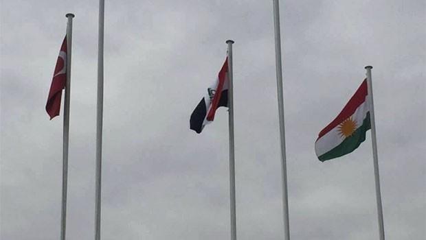 Binali Yıldırım'dan 'Kürdistan bayrağı' açıklaması