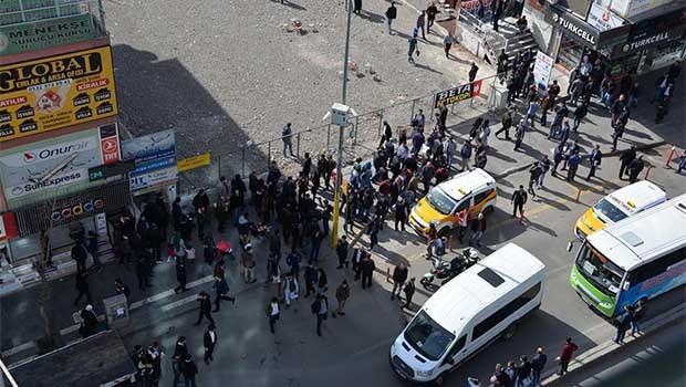 Diyarbakır'da pitbullu, taşlı, sopalı kavga