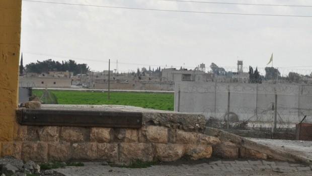 Türkiye Girê Spî sınırındaki 4 güvenlik duvarını kaldırdı