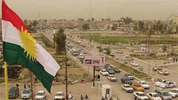 Türkmenler Kerkük'te Kürdistan bayrağı kararından rahatsız