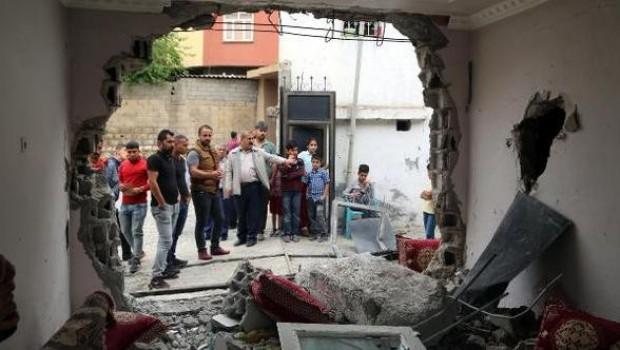 Silopi'de polis panzeri eve daldı, iki çocuk uykularında öldü