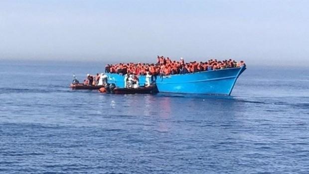 Akdeniz'de facia: 250 kişi kayıp