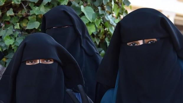 Musul'da burka yasağı