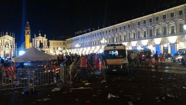 İtalya'da bomba paniği: 1500 yaralı