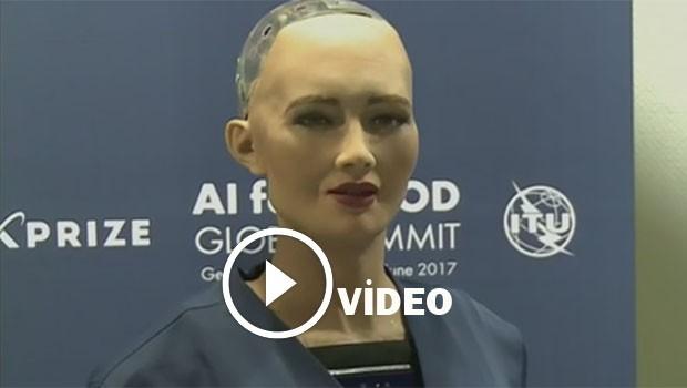 İnsana en çok benzeyen robot