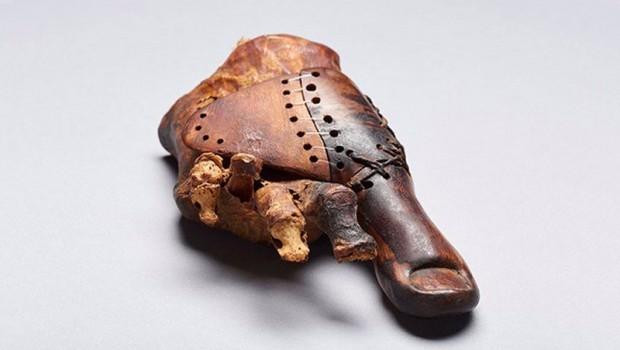 Mısır'da 3 bin yıllık protez bulundu