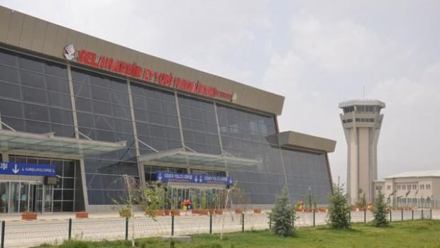 Yüksekova'da havalimanındaki polis noktasına saldırı