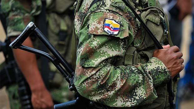 FARC gerillalarına banka kartları dağıtılmaya başlandı