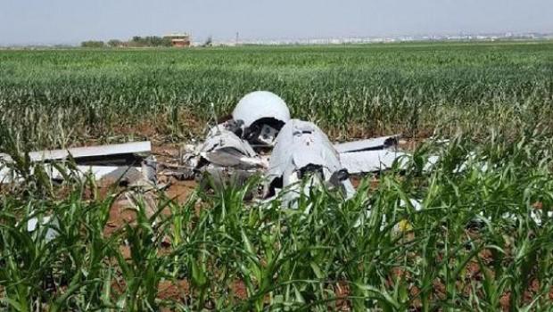 Urfa'da mısır tarlasına İHA düştü