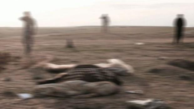 Musul'da içinde 500 cesedin yer aldığı iki toplu mezar ortaya çıkarıldı.