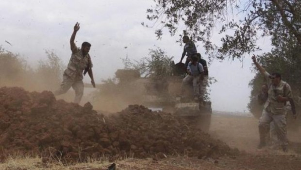 Azez'de ÖSO grubları arasında çatışma