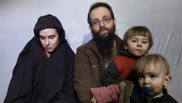 Beş yıldır rehin tutulan aile kurtarıldı