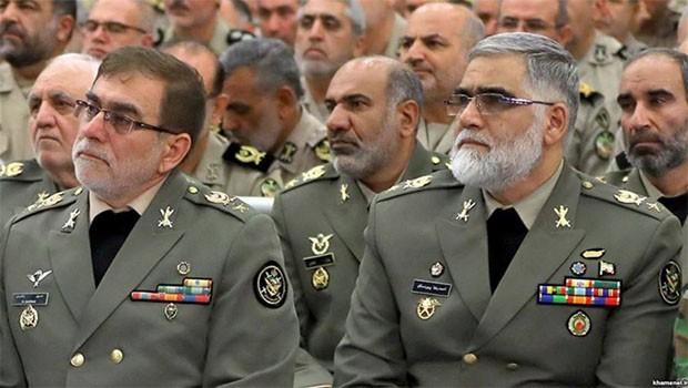 İran'da üst düzey askeri yetkililer görevden alındı
